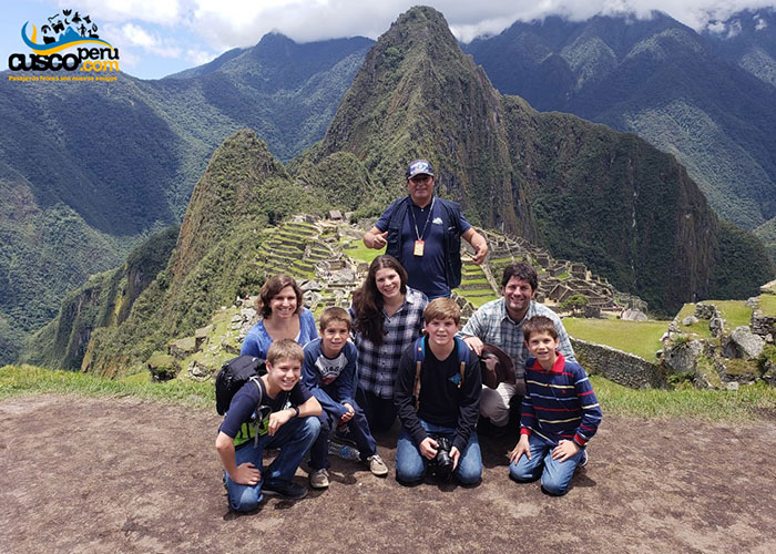 Trip with children to machu picchu