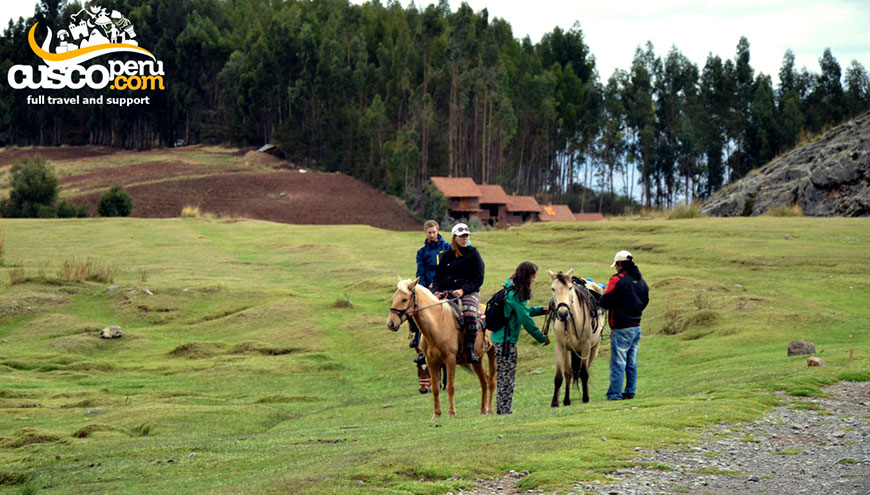 tour alrededores cusco action valley