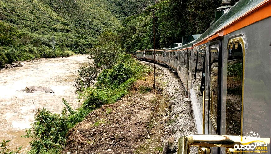 tour machu picchu by train
