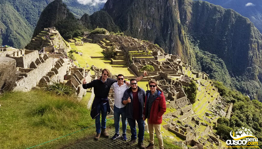 tour machu picchu mountain